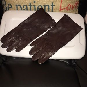 Soft Brown Leather gloves..NWOT